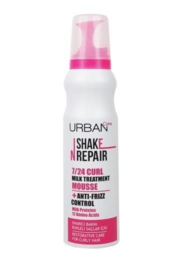 Urban Care Bukleli Saçlara Özel Elektriklenmeyi Önleyen Durulanmayan Bakım Köpüğü - 150 Ml Renksiz